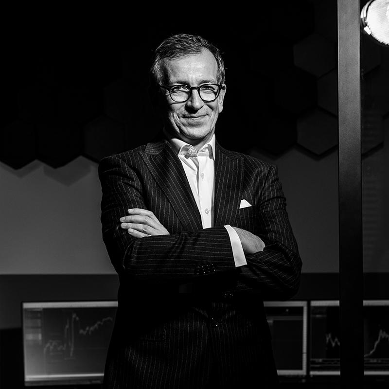 carlos martins profilbild s w Trading lernen im größten Tradingclub Deutschlands. Praxisnah und transparent