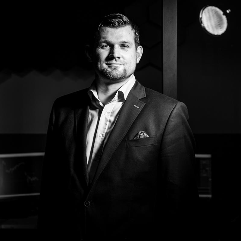christoph kurze profilbild s w Trading lernen im größten Tradingclub Deutschlands. Praxisnah und transparent